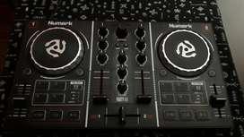 Numark Party Mix DJ Controladora Mixer Consola