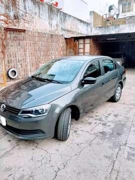 Impecable! Volkswagen Voyage 2013, como nuevo