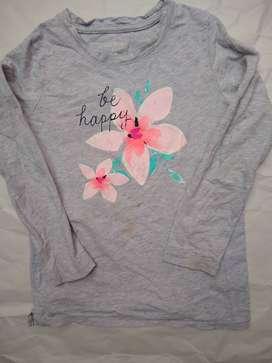 Remera Osh KOSH  t 7 gris  FRENTE flor
