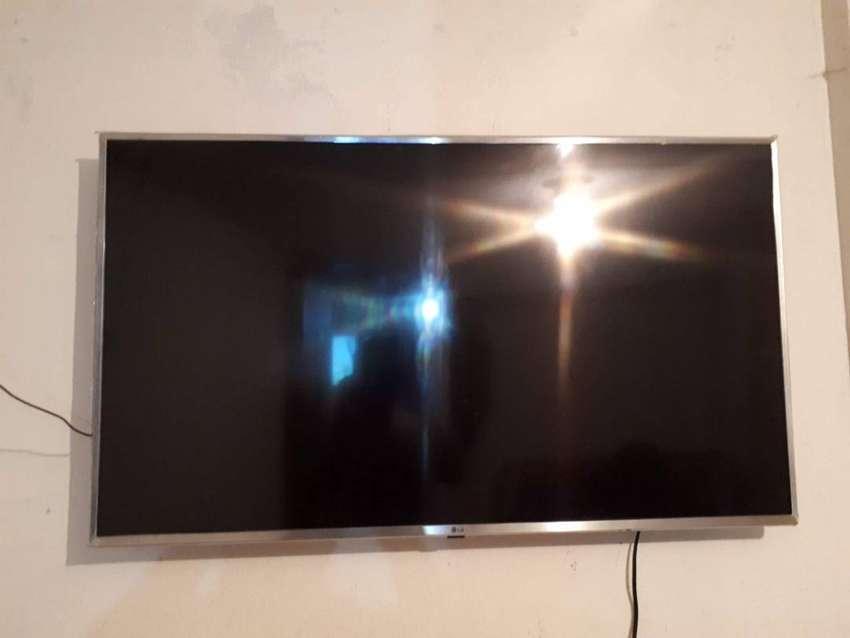 TV  LED 4K 49 PULGADAS 0