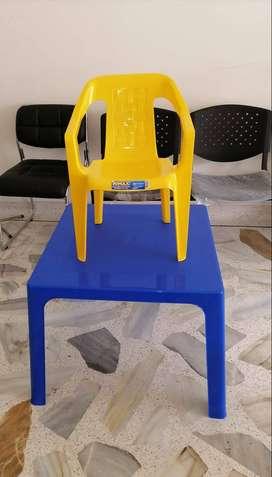 Kit Rimax infantil mesa y silla
