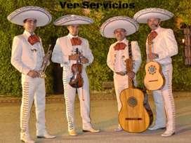 Mariachis siempre presente en Quito show alegres