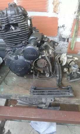 Permuto motor yamah xtz 250 x uno a carburador