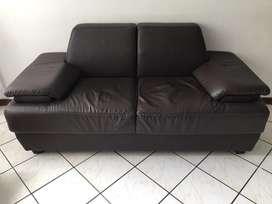 Sofa en cuerina