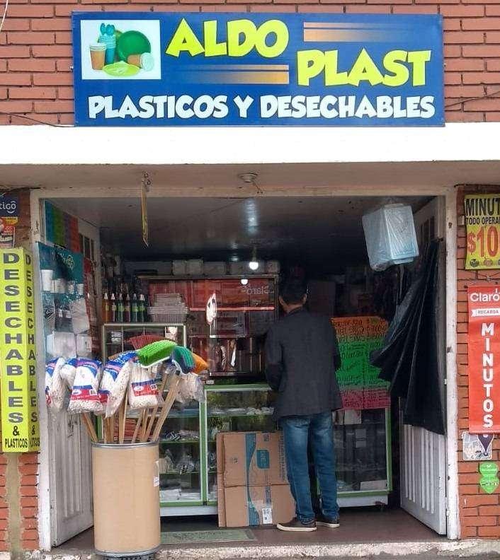 Negocio De Plásticos Y Desechables 0