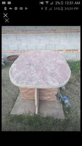 Mesa y bancos de piedra laja