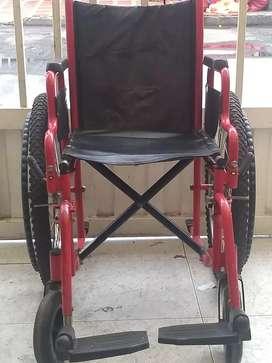 Silla de ruedas usada