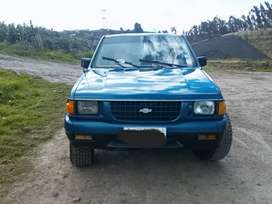 Vendo chevrolet luv 2300