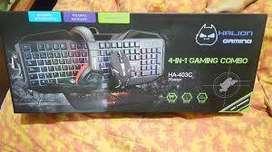 Teclado Combo Gamer Halion 4 En 1 en oferta