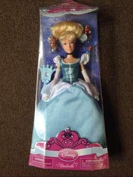 Muñeca Cinderella de Disney de Usa Nueva