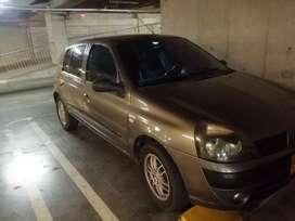 Renault Clio dinamyc 2005 excelente estado