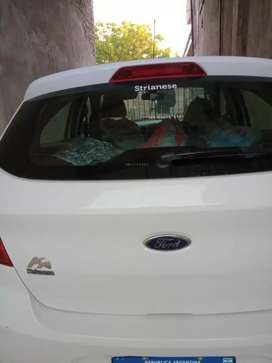 Venta Ford Ka al día (permuto por vehículo menor valor)