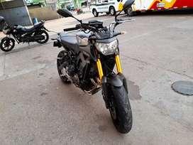 Vendo Moto MT-09 unico dueño