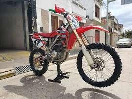 Vendo Honda Crf250 r
