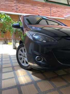 Mazda 2 perfecto estado papeles al dia