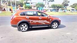 Carro en ventan Chevrolet Captiva 2010800