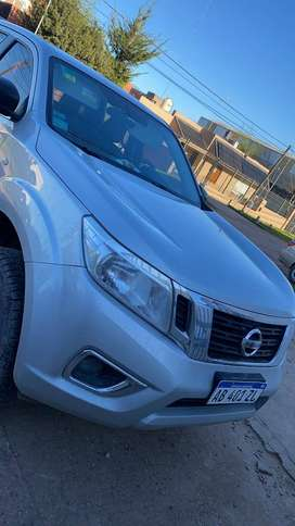 NISSAN FRONTIER  NP300 SE 4X2 PICK-UP CABINA DOBLE