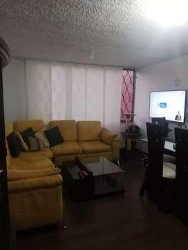 Se vende apartamento con tres habitaciones grandes, sala comedor, bano, patio de ropas y cocina