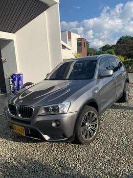 BMW X3 gris