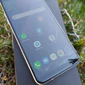 LG Q7+ Plus libre 64gb y 4ram en caja !