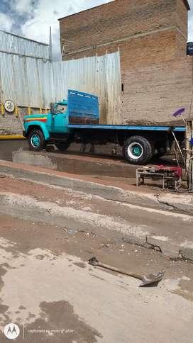 Camión Dodge 800