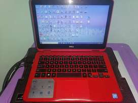 Laptop Dell pantalla touch color roja
