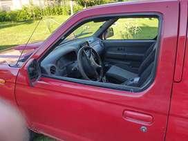 Vendo Nissan np 300
