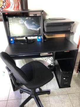 Computador CORE i3 + Escritorio + Impresora + Parlantes y Camara + Teclado y mouse adicional inalambrico NEGOCIABLE