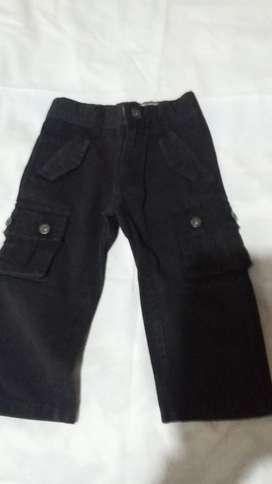 Pantalón de Gabardina negro  marca MImo