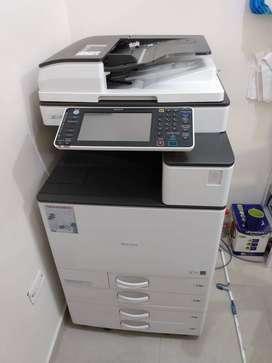 fotocopiadora Multifuncional Ricoh Ref. MPC 3003 Remanufacturado