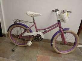 Vendo bicicleta Rod. 20 niña. Como nueva.