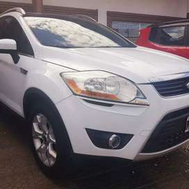 Ford Kuga Titanium AT
