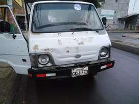 Vendo camión pequeño 4x4 usado