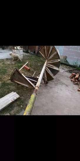 Escalera de hierro caracol