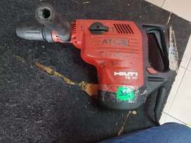 Vendo demoledor marca HILTI TE 70 NEGOCIABLE
