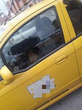 Vendo o Permuto taxi modelo 2017