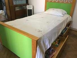 Juego de dormitorio juvenil, excelente calidad y estado, oportunidad!