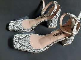 Sandalia de dama talla 37