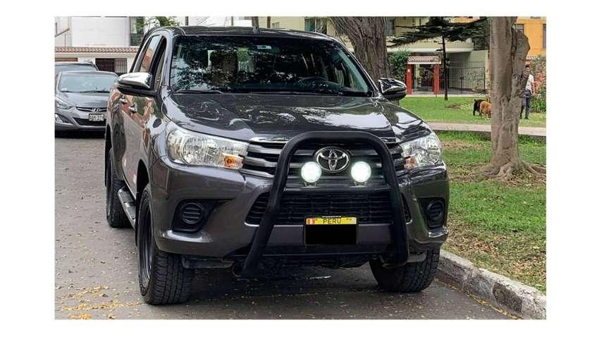 Camioneta Toyota Hilux 4x4 Uso Particular 0