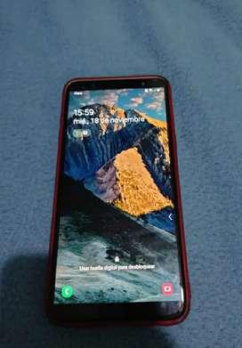Se vende Samsung j8 32 gb, 3 RAM