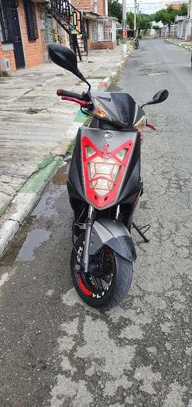 Kymco modelo2015 moto automática