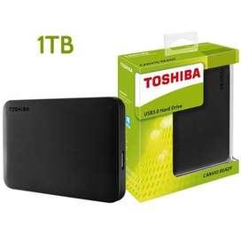 Disco duro externo Toshiba Canvio Basics HDTB410XK3AA 1TB negro