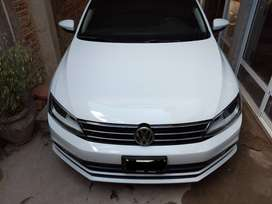 Vendo Volkswagen Vento 2.5 luxury