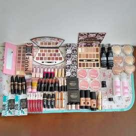 Conjunto de Maquillaje Nuevo y de calidad