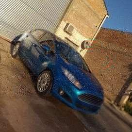 Vendo Ford fiesta SE 2015