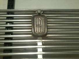 Parrilla Frontal Fiat 1500