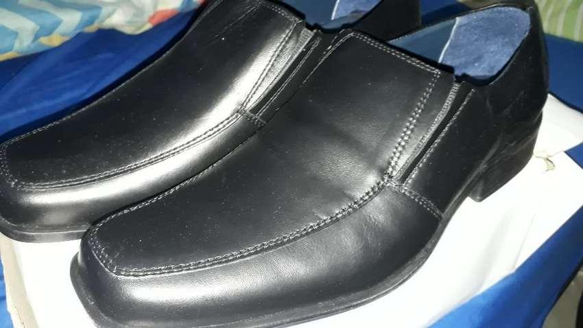 Ganga Zapatos en Cuero Nuevos 0