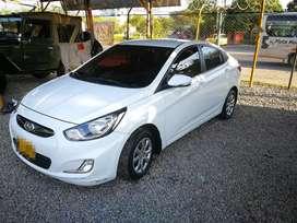 Hyundai i25 Excelente estado