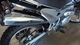 impecable honda falcon 400 nx4 papeles al dia lista para transferir con parabrisas givi