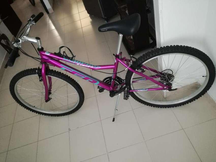 Vendo Hermosa Bicicleta Como Nueva 0